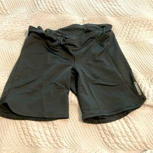 Pearl Izumi athletic shorts